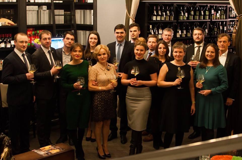 25 февраля 2016 года состоялся торжественный вечер в честь шестилетия Юридического портала Людмилы Емелиной.